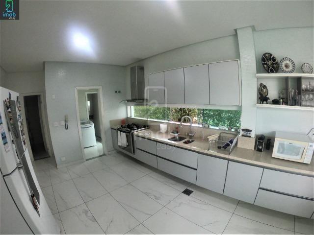 Residencial Adrianópolis, 5 suítes, piscina com fino acabamento (aceita bermuta) - Foto 5