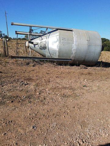 Silo para ração 11 toneladas itapaci goias - Foto 3