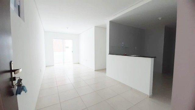 Apto c/ 03 quartos c/ elevador e área de lazer próximo à Unipê