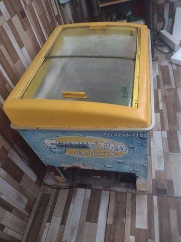 Vendo freezer toda boa funciona perfeitamente  - Foto 3