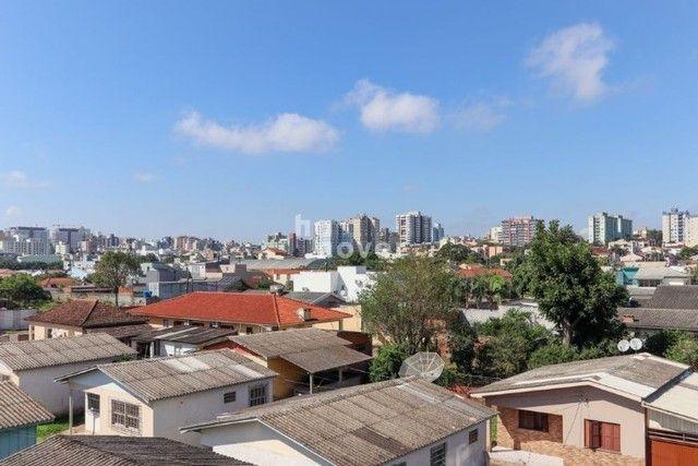 Apartamento 3 Dormitórios com Elevador à Venda no Bairro Passo D'Areia. - Foto 7