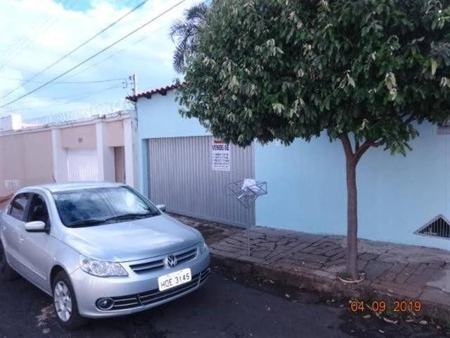 Casa para Venda em Uberlândia, Residencial Gramado, 3 dormitórios, 1 suíte, 2 banheiros, 2 - Foto 20