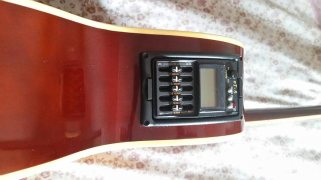 Violão elétrico Thomaz.r $ 550,00