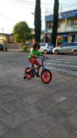 Bike infantil praticamente nova