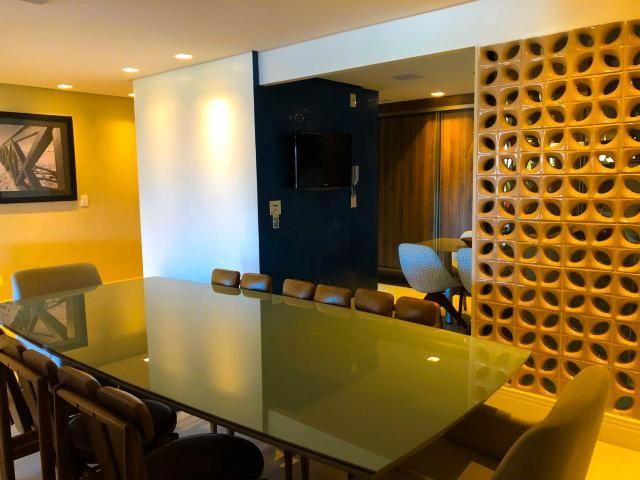 Lindo Apartamento na Ponta Verde com 180m em 3 suítes e 3 vagas - Foto 13