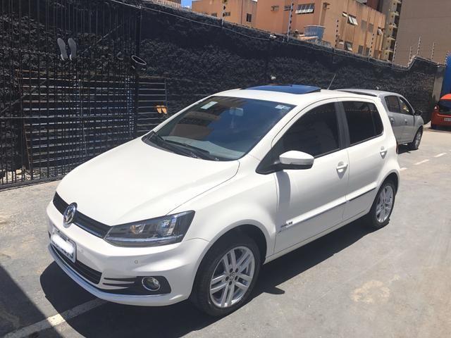 VW FOX Highline 1.6 Flex 16v ( TETO SOLAR) 28.000 km único dono