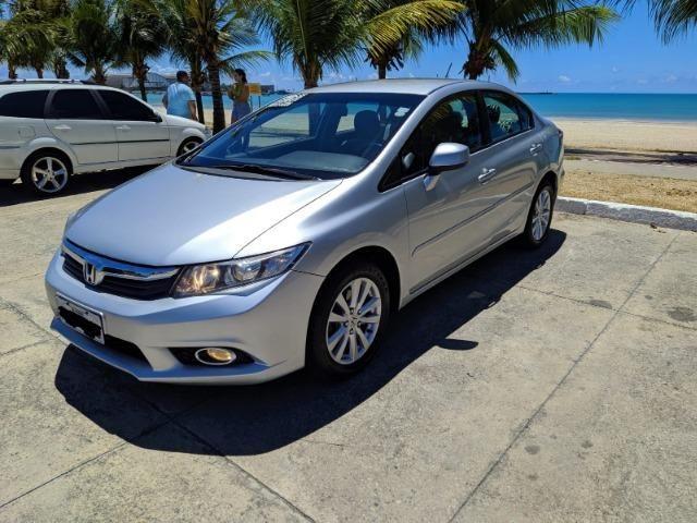Honda Civic Semi Novo Completo e Automatico 2014 Conservado