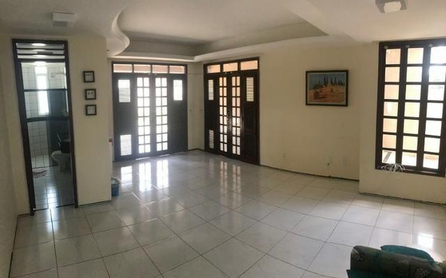 TE0441 Casa duplex com amplo terreno de 960m², 4 quartos, 6 vagas, piscina - Foto 6