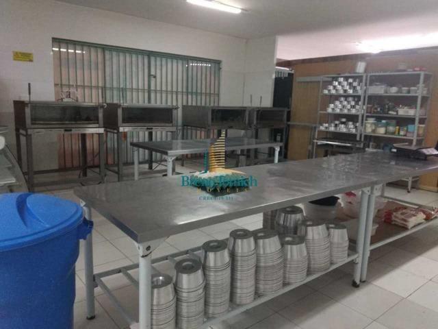 Vende-se luva de fábrica de bolos no centro de Porto Seguro - BA