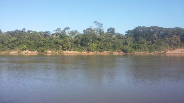 Chacara 3,5 hectares beira do rio Cuiabá Santo antonio