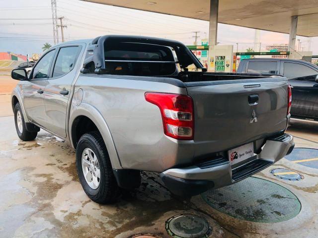 L200 Triton Gls 2.4 Diesel 4x4 Mec 2018 - Foto 4
