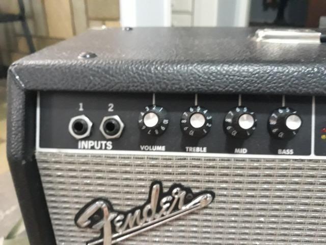 Amplificador Fender Frontman 212R 100W - Foto 2