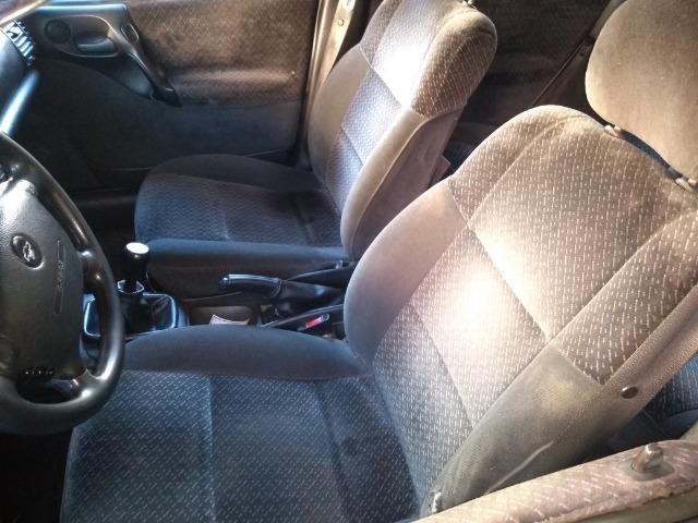 Vectra cd 97 com motor retificado, ABS, teto solar, sensor de ré e controle de tração! - Foto 2