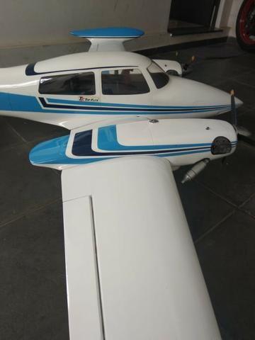 Cessna 310 Top Flite - Foto 2