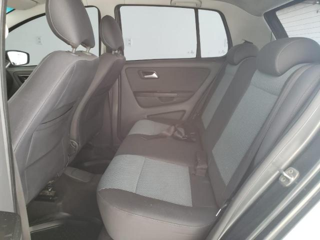 Volkswagen Fox BlueMotion 1.6 Flex c/GNV - Foto 4