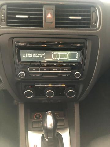 VW Jetta 2.0 - Foto 9