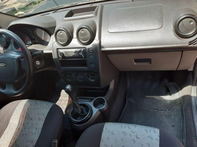 Ford Fiesta 2008 - Foto 12
