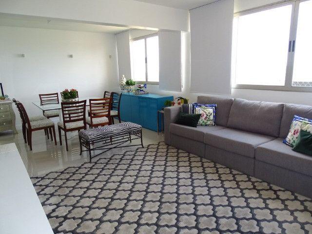Vendo! - Apartamento no centro de Paranavaí. 1 suíte + 2 quartos, andar alto, 1 vaga - Foto 2
