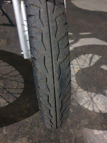 Vendo pneu Pirelli City dragon novo