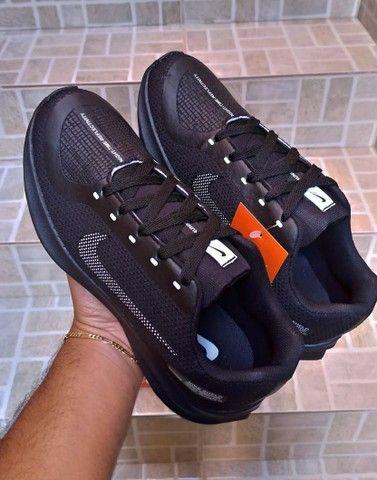 Vendo tênis nike run e sapatênis Tommy hilfiger ( 120 com entrega ) - Foto 6