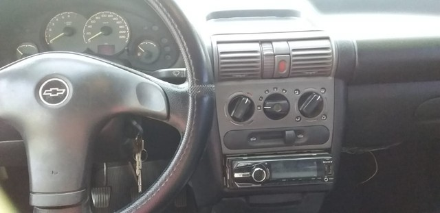 Vende Corsa Sedan - Foto 3