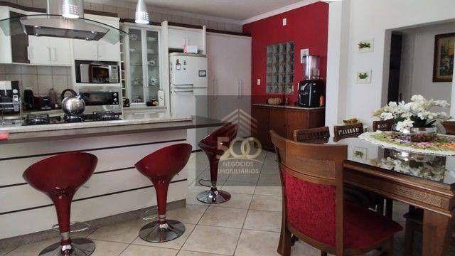 Casa 4 dormitórios, piscina e sala comercial anexa à venda em Coqueiros - Florianópolis/SC - Foto 6