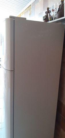 geladeira air flow system dc 45 Electrolux             1200 reais aceito propostas - Foto 3