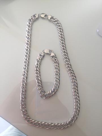 Conjunto corrente e pulseira de prata