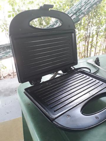Sanduicheira / grill