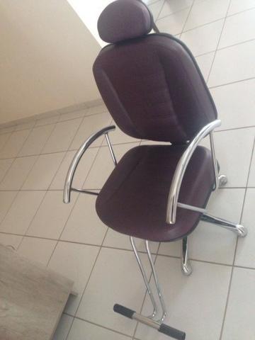 Cadeira de Cabeleireiro Profissional Hidráulica Reclinável Aço Inox