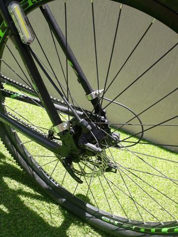 Bicicleta quadro 21. Aro 28 - Foto 2