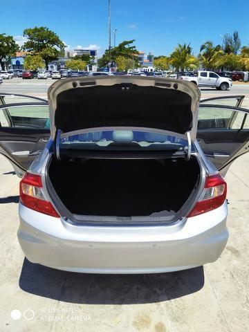 Honda Civic Semi Novo Completo e Automatico 2014 Conservado - Foto 17