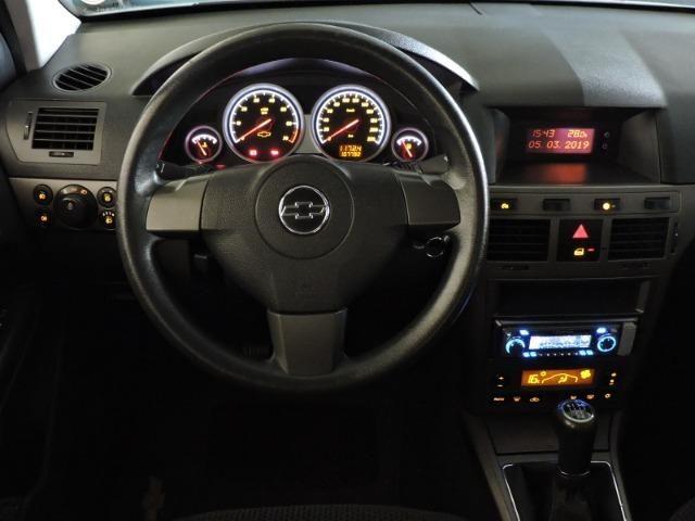 GM Chevrolet Vectra GT Hatch 2.0 Flex 2010 prata - Foto 12
