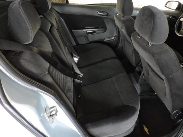 GM Chevrolet Vectra GT Hatch 2.0 Flex 2010 prata - Foto 14