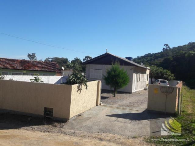 Casa para Venda em Imbituba, SANTO ANTÔNIO, 2 dormitórios, 1 banheiro, 1 vaga