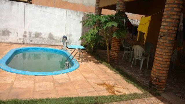 Ótima Casa com piscina e Ponto Comercial - Foto 5