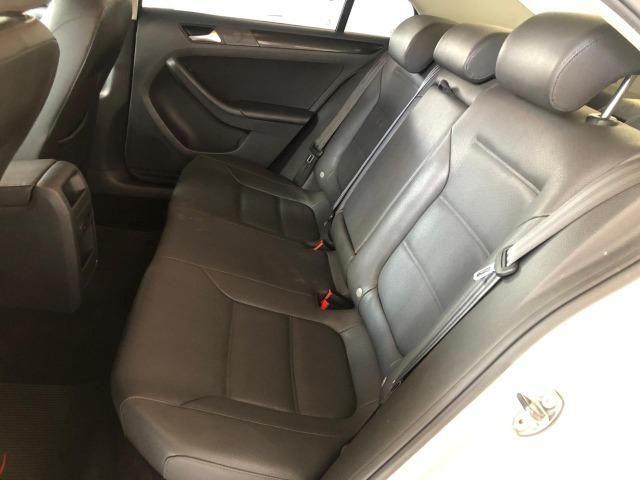 VW Jetta 2.0 - Foto 11