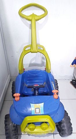 Vendo carro bandeirante em bom estado de uso