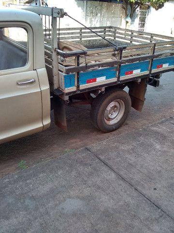 Vendo ou troco caminhonete d10 por uma strada - Foto 4