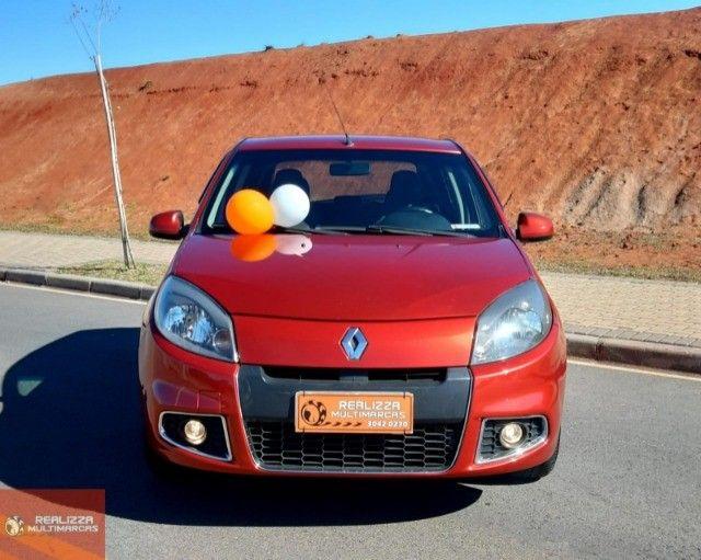 2014 Renault / Sandero Priv 1.6  Flex - Foto 2