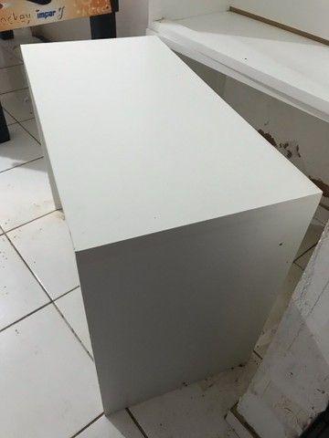 Duas mesas nunca usadas! Por 300 Reais
