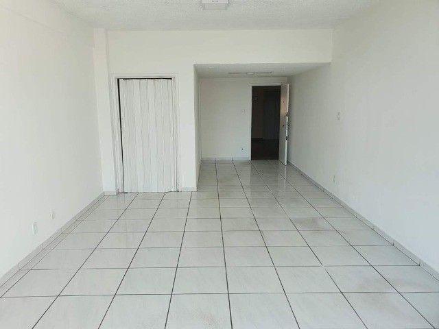 Sala Comercial 38m² no Centro de Niterói - Av. Amaral Peixoto - Foto 2