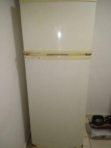 Vendo geladeira - Foto 3