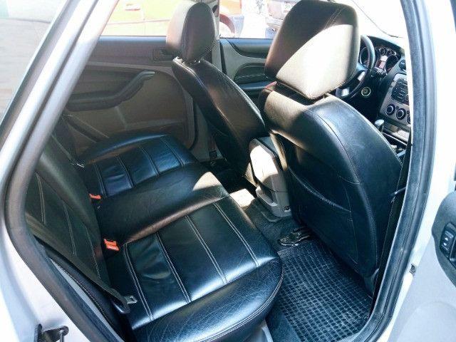 Ford Focus GLX 1.6 sigma 2013 Hatch Completo de tudo + couro - Foto 5