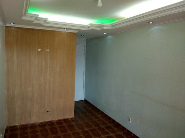 Apartamento 2 quartos Quadra 6 Vila Buritis