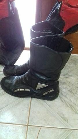 Macacão dainese completo com bota