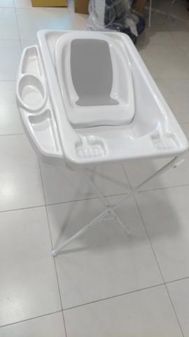 Banheira plástica com redutor e saboneteira