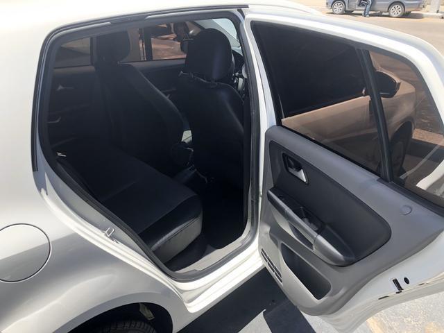 VW FOX Highline 1.6 Flex 16v ( TETO SOLAR) 28.000 km único dono - Foto 14