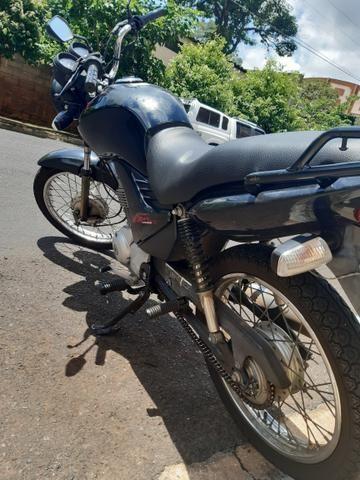 Moto Fan 125. ano 2012