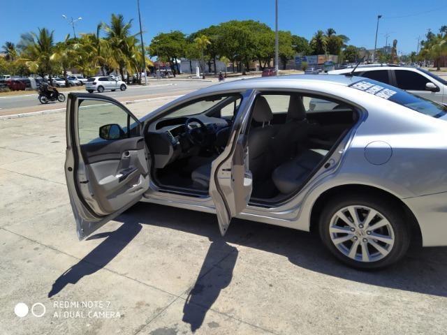 Honda Civic Semi Novo Completo e Automatico 2014 Conservado - Foto 19